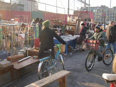 Hell's-Kitchen-flea-market