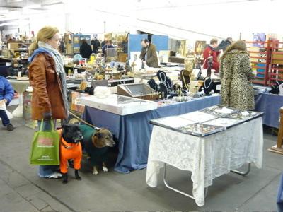 Chelsea_antiques_garage_flea_mark_4