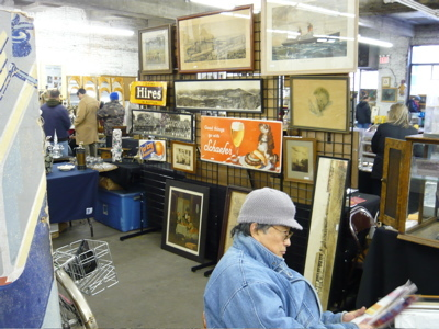 Chelsea_antiques_garage_flea_mark_8